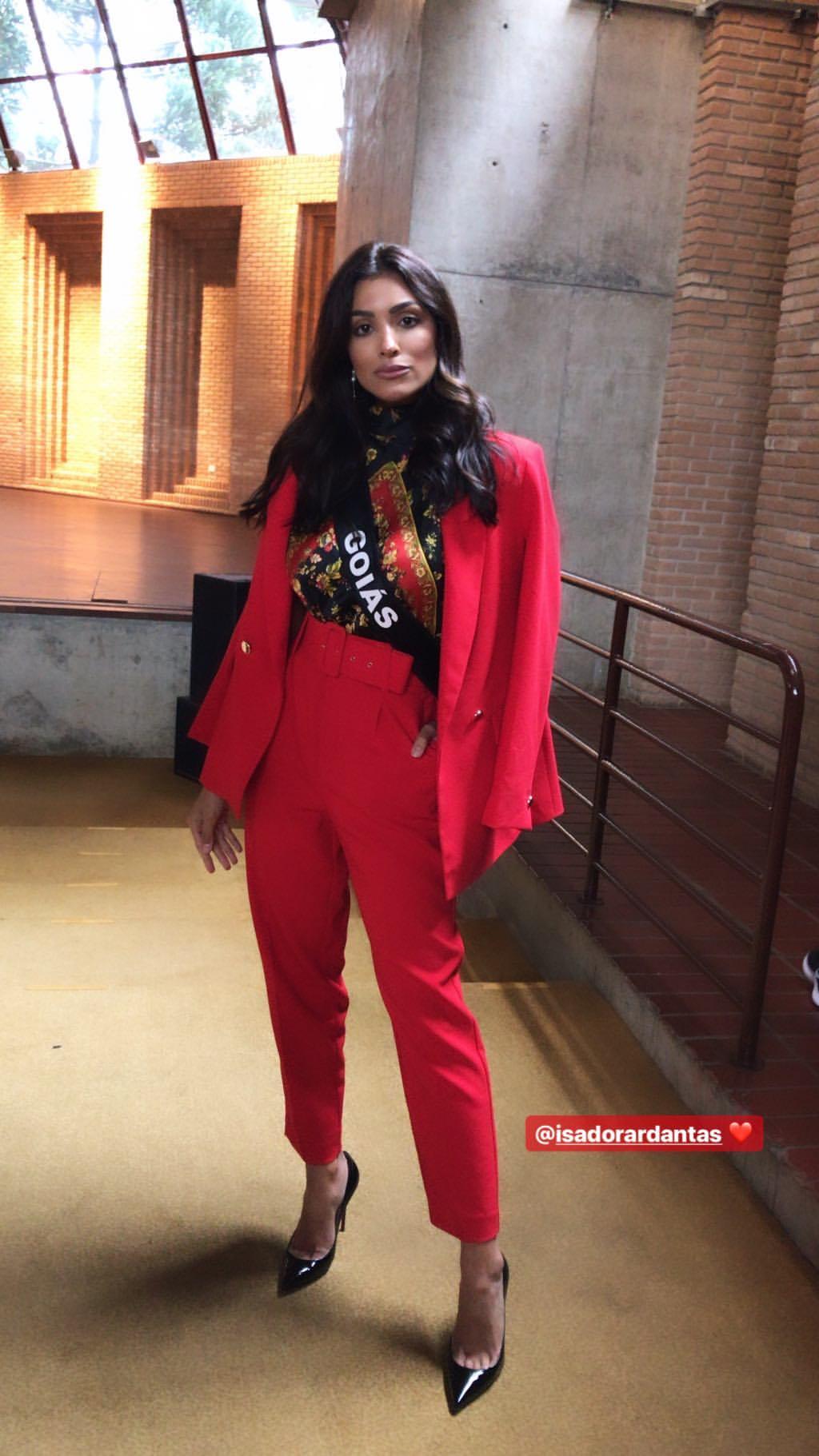 isadora dantas, miss goias 2019. - Página 3 52144311