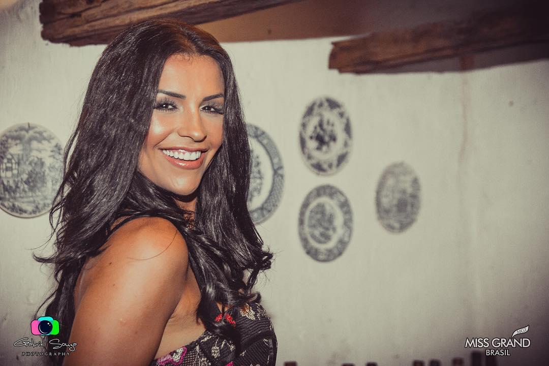 thylara brenner, miss brasil continentes unidos 2019. - Página 5 53290010