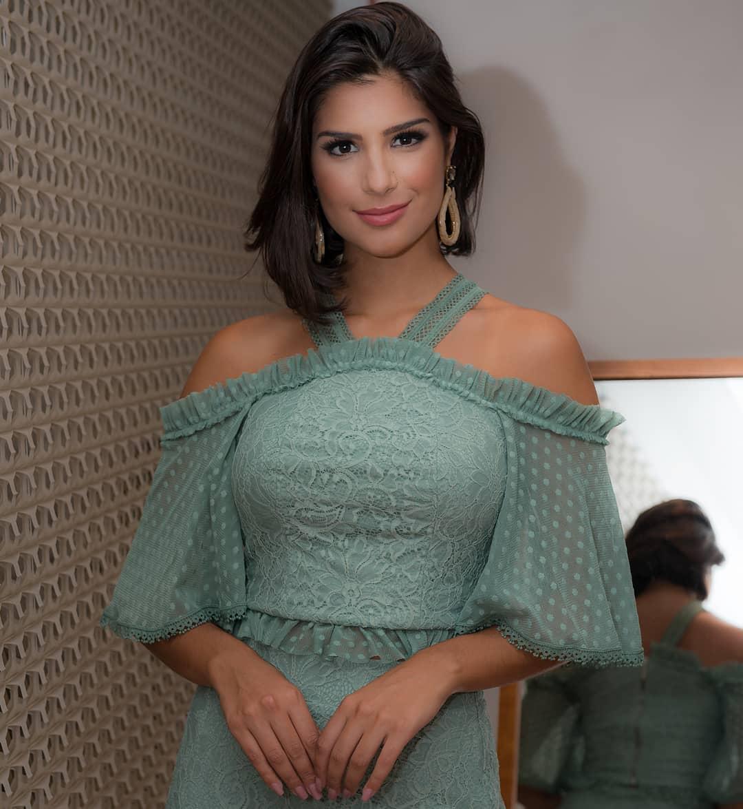 julia horta, miss brasil universo 2019/top 2 de reynado internacional cafe 2016, top 5 de miss tourism international 2017. - Página 22 53364413
