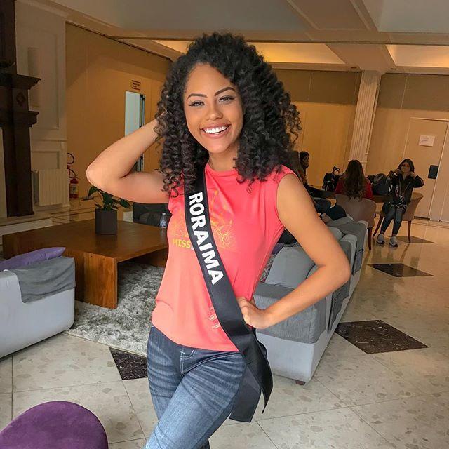 natali vitoria, miss roraima mundo 2020/top 15 de miss brasil universo 2019 /miss brasil teen universe 2017. primeira miss negra a vencer o miss roraima. - Página 9 53677110