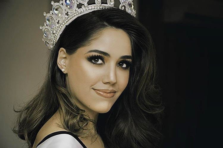 mich hewitt, miss tourism world 2019. - Página 2 54447115