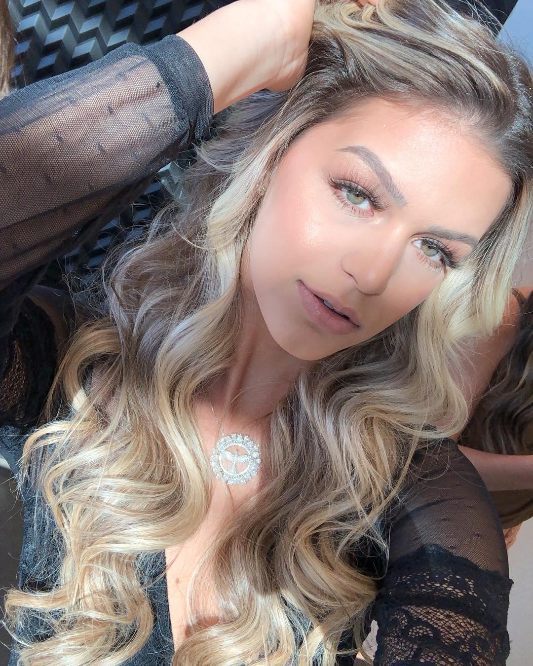 maria gabriela batistela, miss brasil terra 2019. - Página 5 54512113