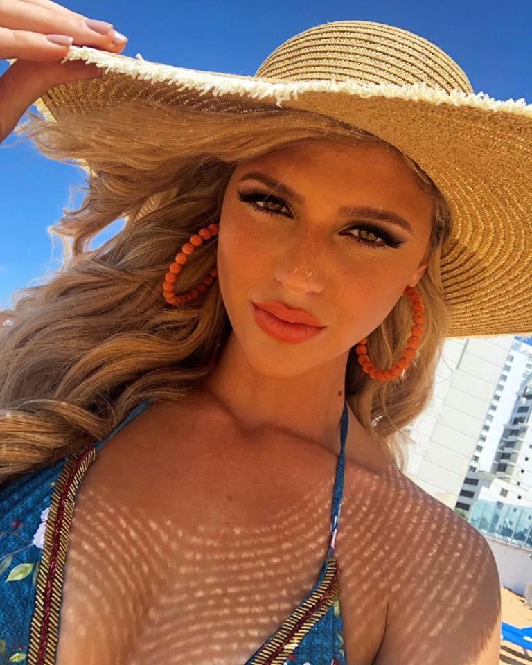 madison anderson, miss universe puerto rico 2019/top 4 de miss grand international 2016. - Página 11 56713010