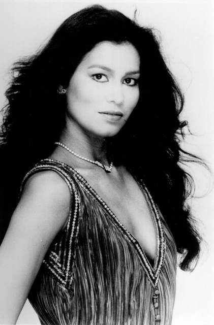 wilnelia merced, miss world 1975. 585c9510