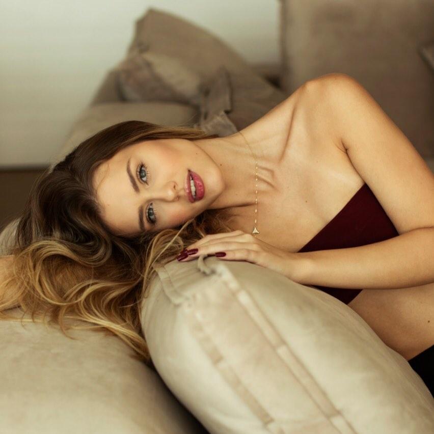 marcella kozinski de barros, miss curitiba 2020/3rd runner-up de miss tourism world 2019. - Página 2 58785010