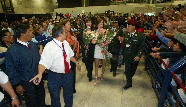 maria julia mantilla garcia (aka maju mantilla), miss world 2004. - Página 7 58db5e12