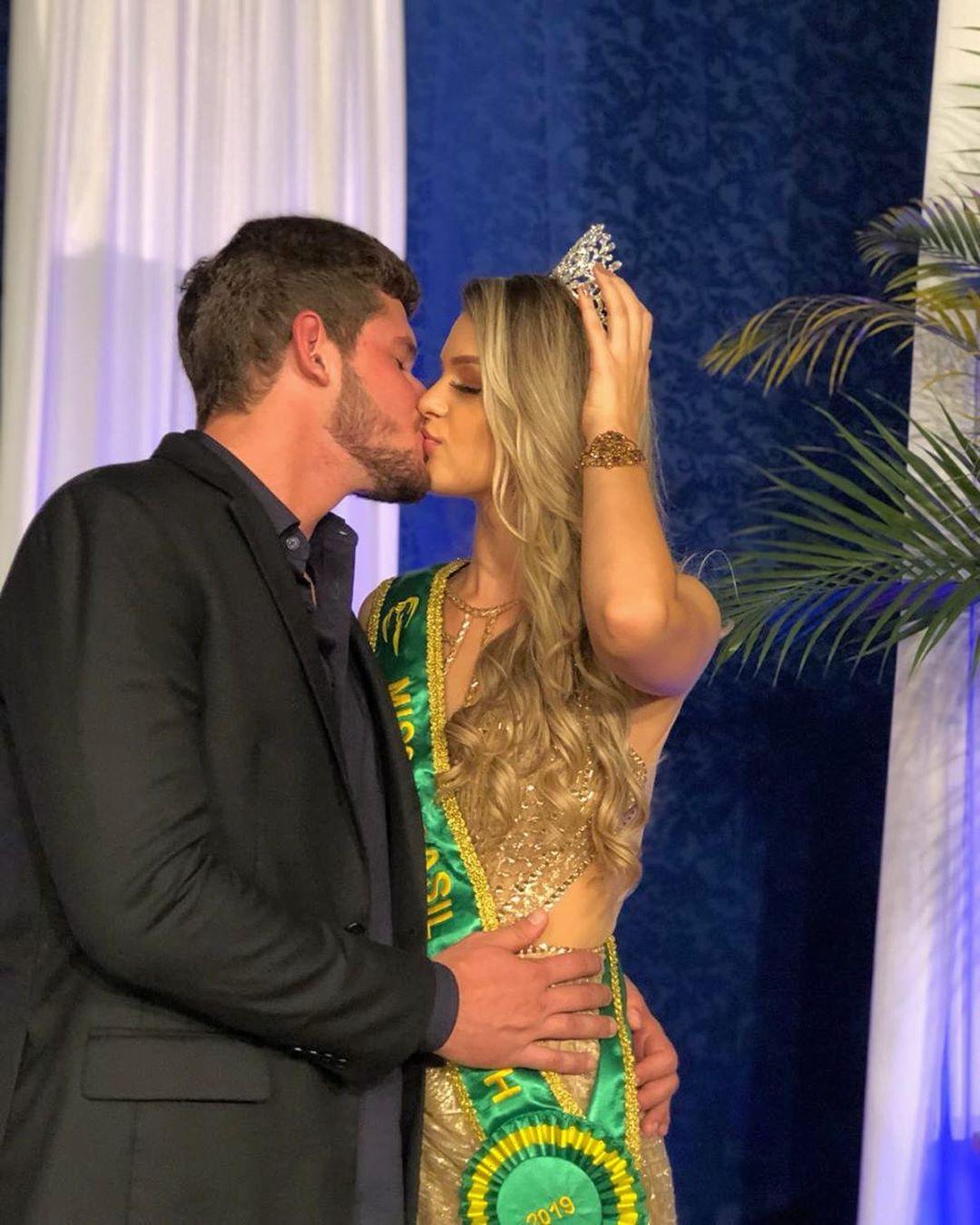 maria gabriela batistela, miss brasil terra 2019. - Página 4 59764910