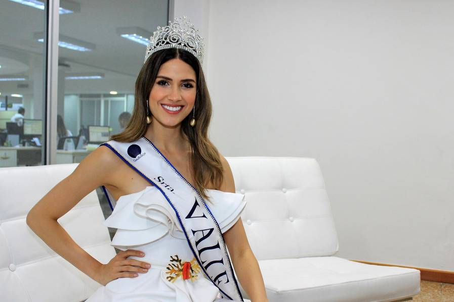 gabriela tafur, top 5 de miss universe 2019. - Página 3 5ae38110