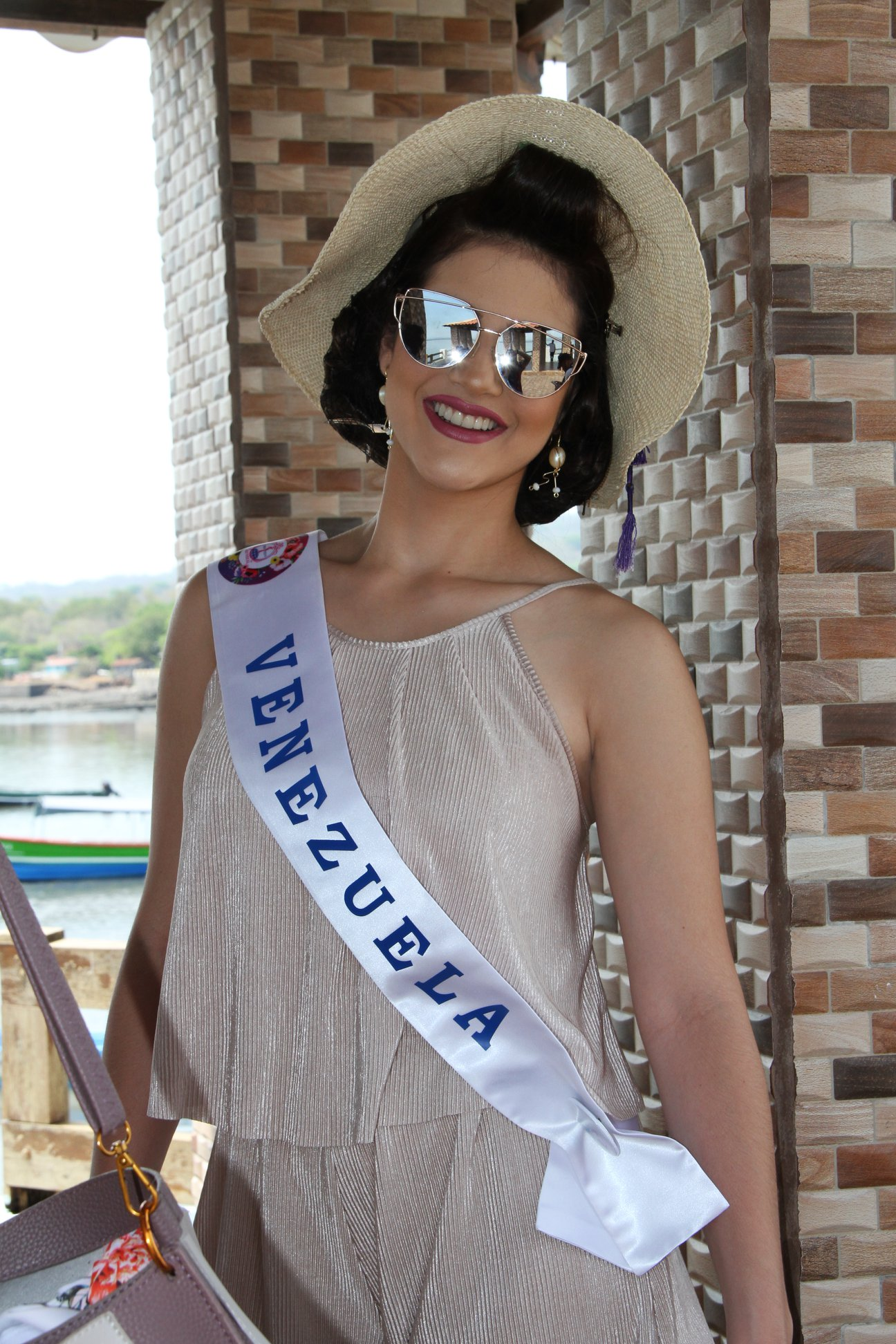 daniela di venere, top 12 de miss teen mundial 2019. - Página 4 60496110