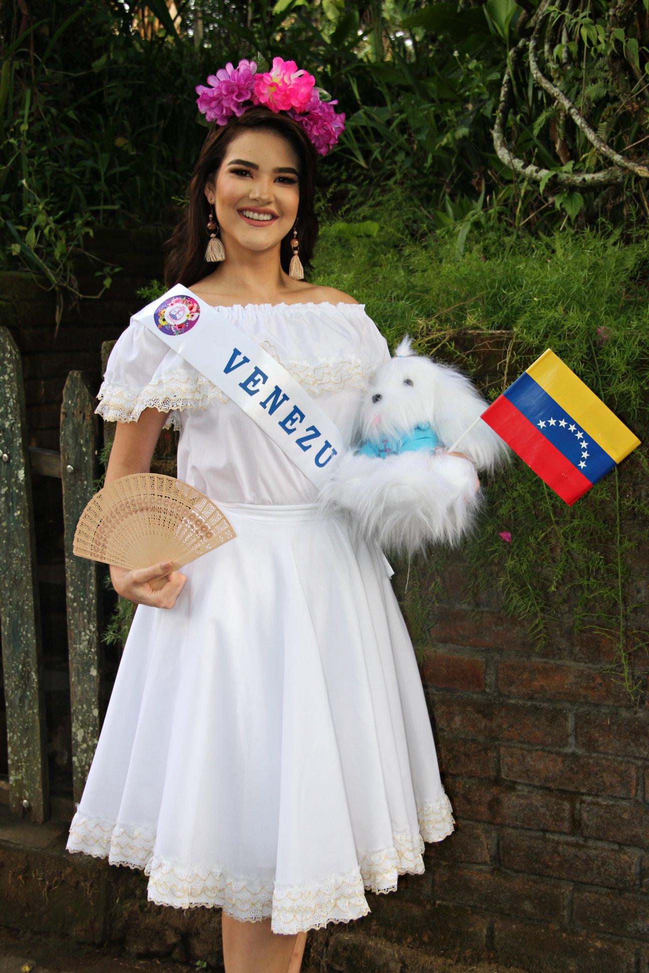 daniela di venere, top 12 de miss teen mundial 2019. - Página 3 60602410