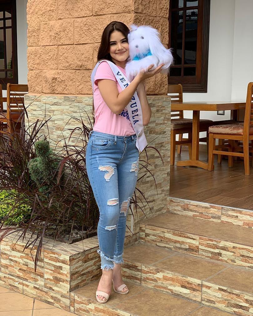daniela di venere, top 12 de miss teen mundial 2019. - Página 7 60652510