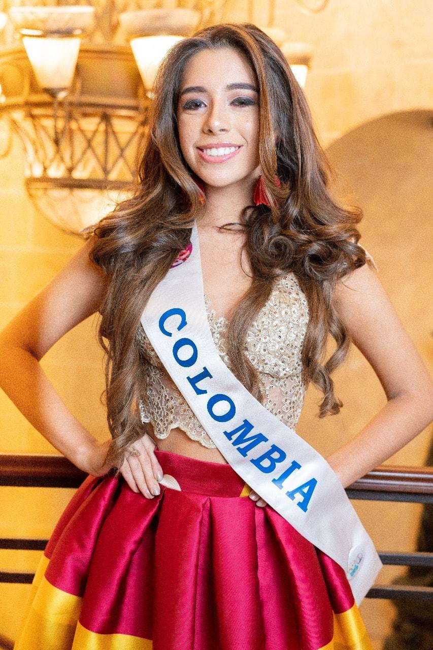 maya mejia ospina, miss teen mundial colombia 2019. - Página 4 60880310