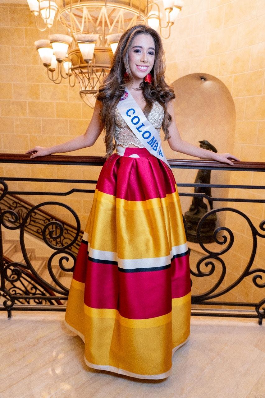 maya mejia ospina, miss teen mundial colombia 2019. - Página 4 60940410