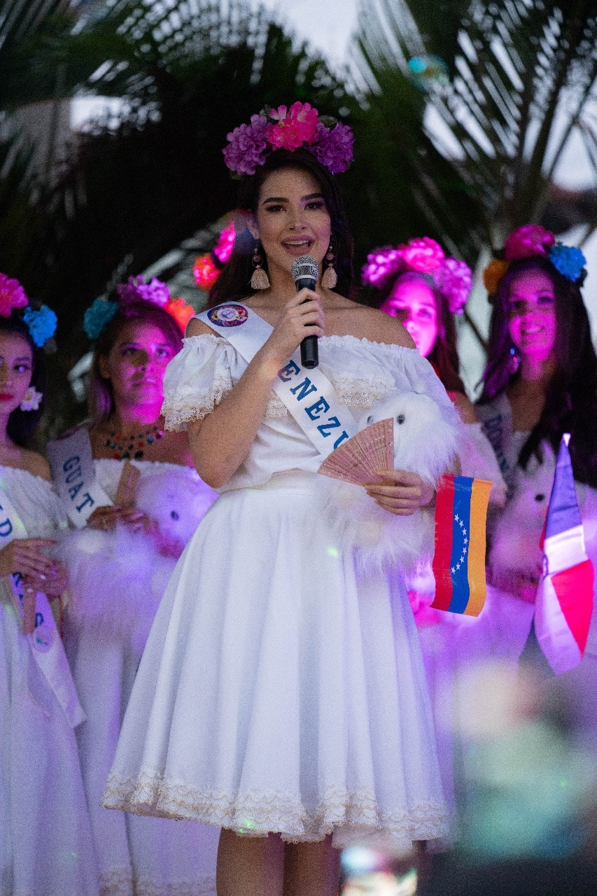 daniela di venere, top 12 de miss teen mundial 2019. - Página 3 60981110