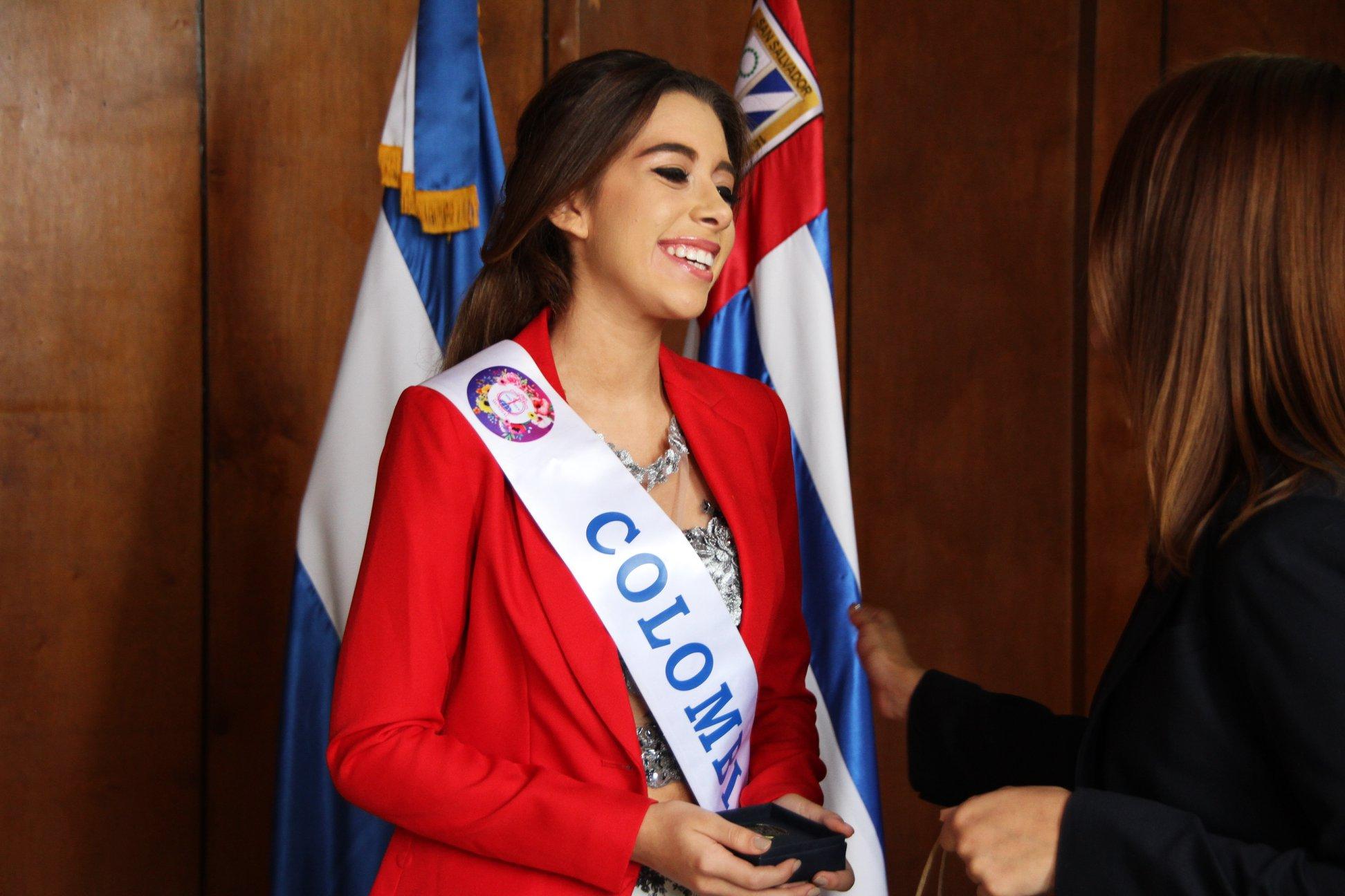maya mejia ospina, miss teen mundial colombia 2019. - Página 4 61067510