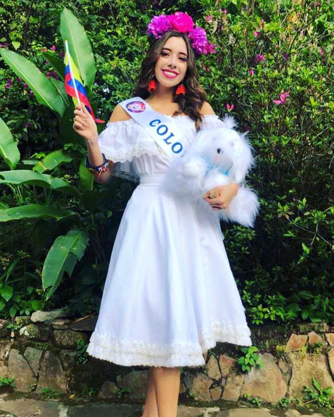 maya mejia ospina, miss teen mundial colombia 2019. - Página 2 61070210