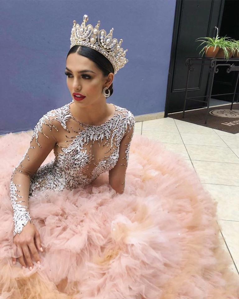 kenia ponce, segunda finalista de miss continentes unidos 2019. 64884210