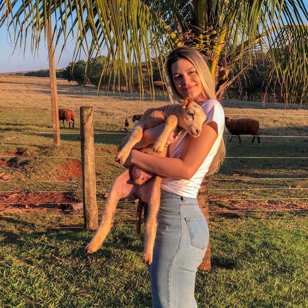 maria gabriela batistela, miss brasil terra 2019. - Página 4 65301610