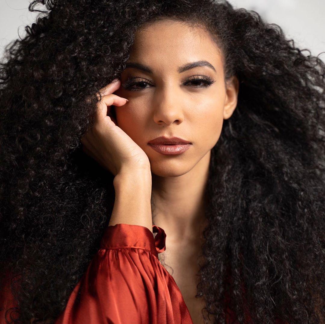 cheslie kryst, top 10 de miss universe 2019. - Página 3 65661910