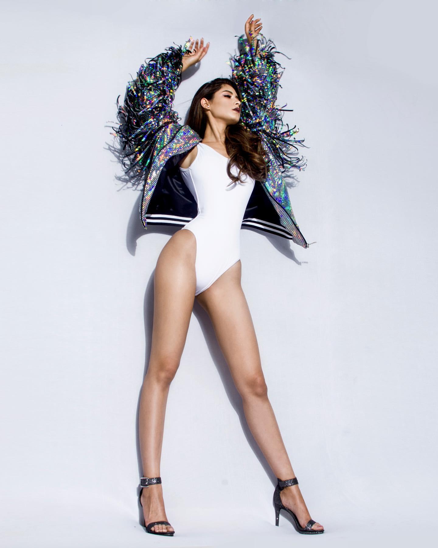 angela leon yuriar, top 21 de miss grand international 2020. - Página 3 66123210