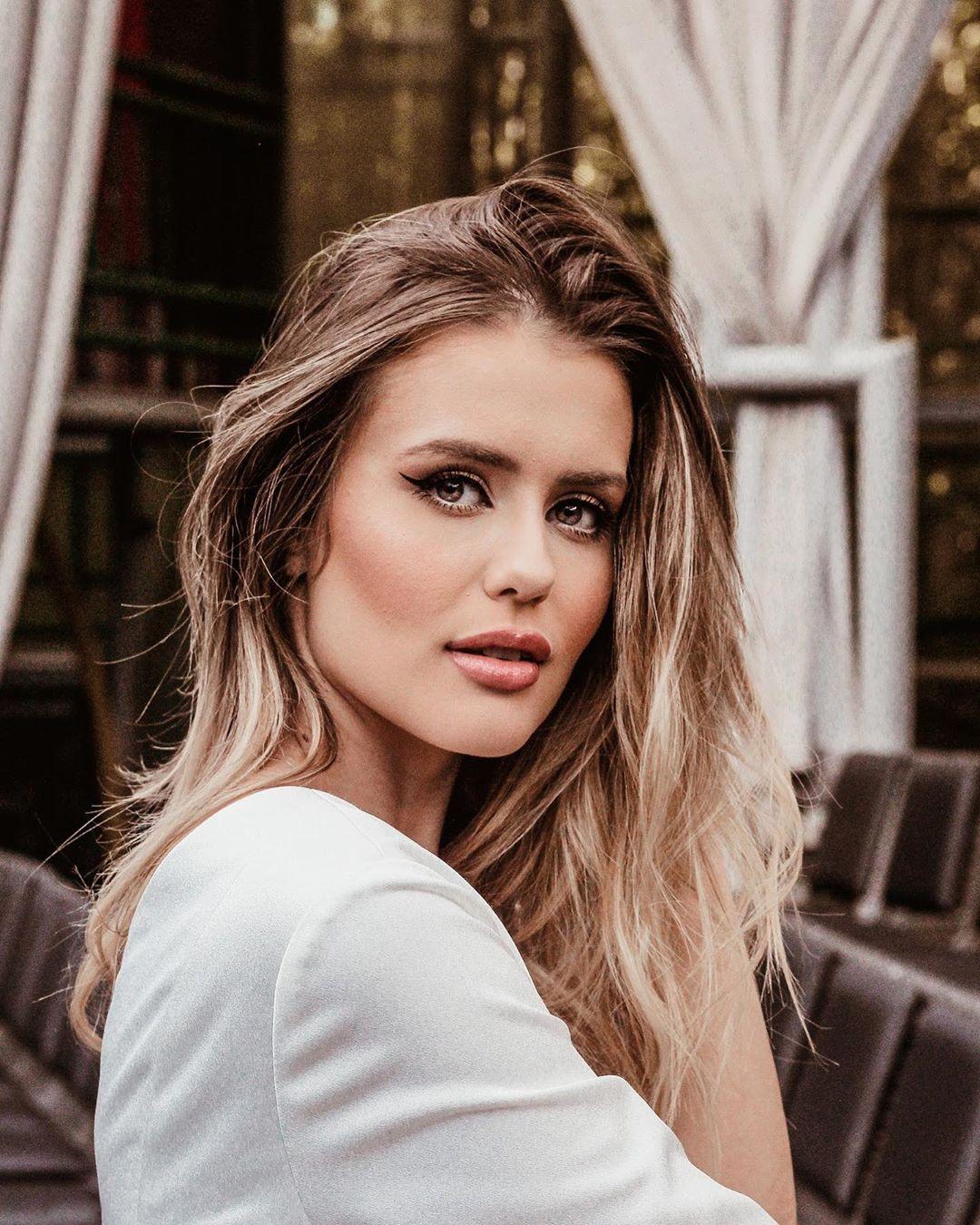 marcella kozinski de barros, miss curitiba 2020/3rd runner-up de miss tourism world 2019. - Página 2 66298010