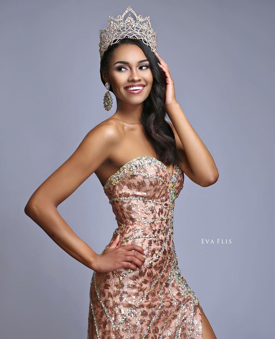emanii davis, miss earth - air 2019. 67176610