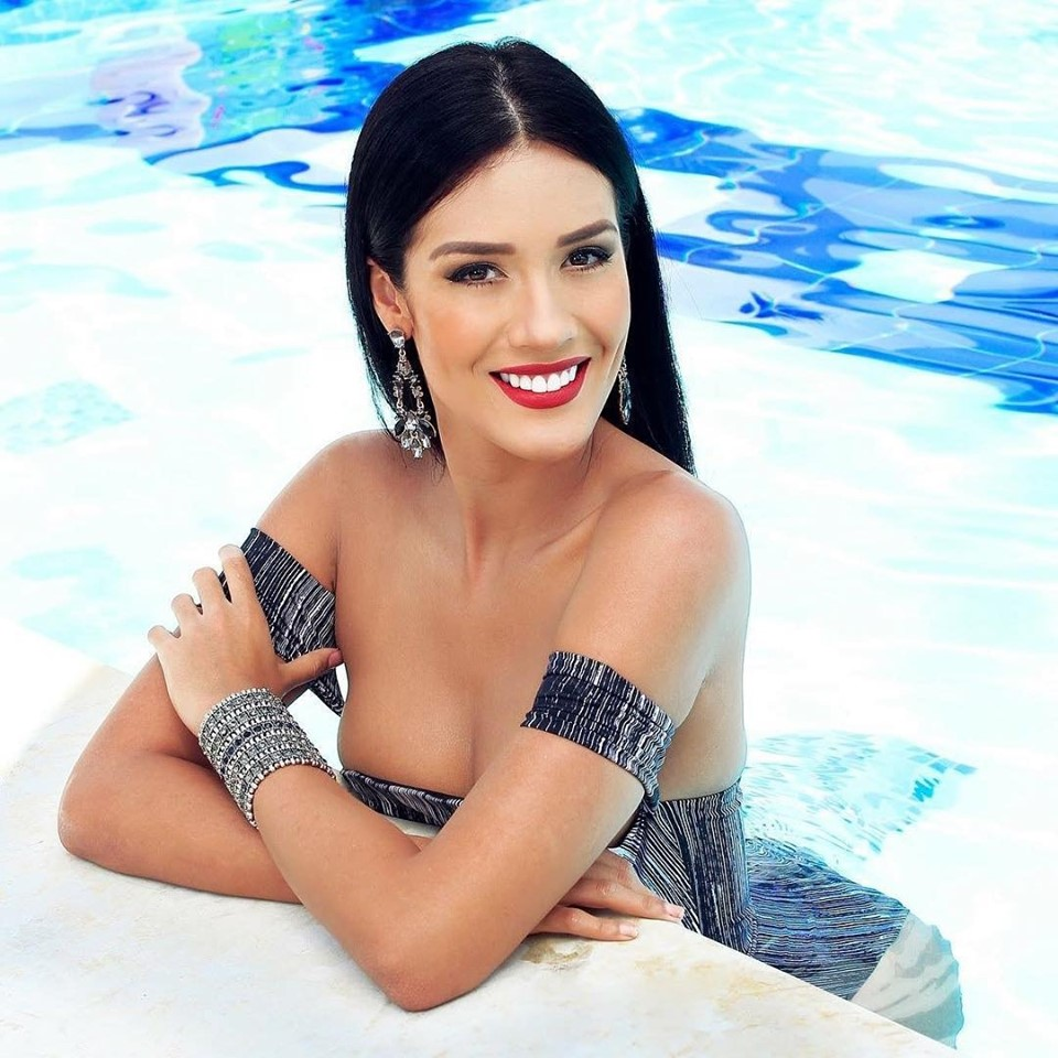yenny katherine carrillo, top 20 de miss earth 2019/reyna mundial banano 2017. - Página 4 68755210