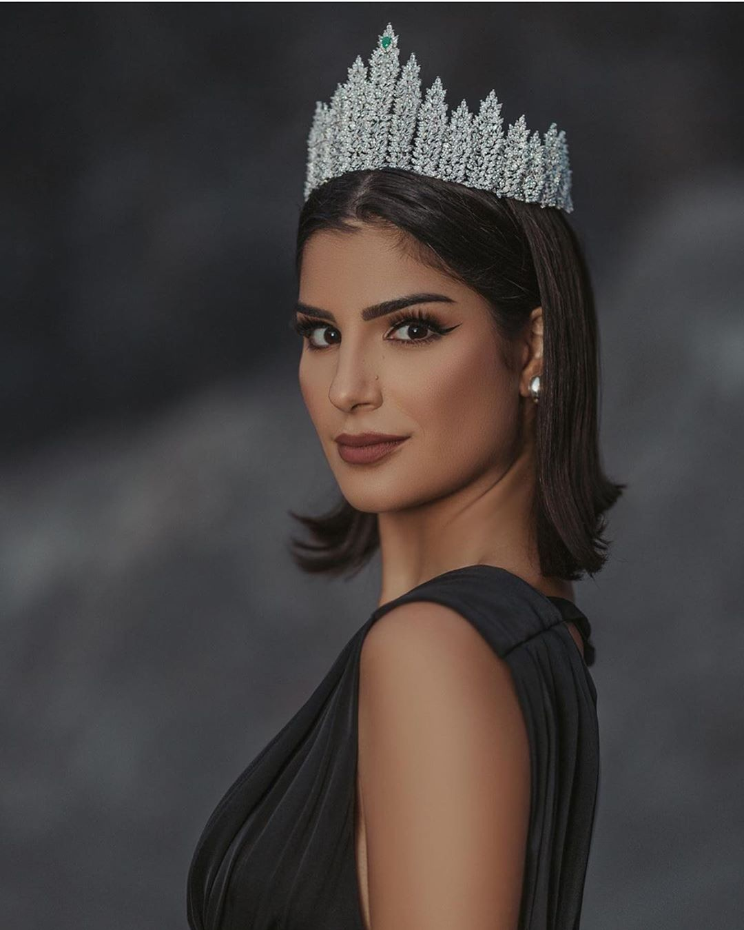 julia horta, miss brasil universo 2019/top 2 de reynado internacional cafe 2016, top 5 de miss tourism international 2017. - Página 44 69171010