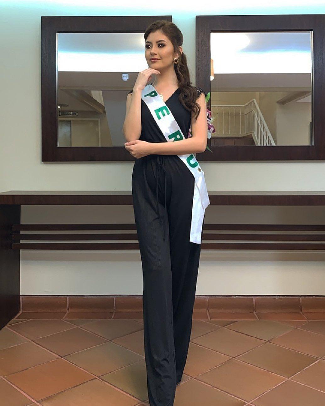 alexandra pinillos, 3ra finalista de reyna mundial banano 2019. - Página 2 69182010