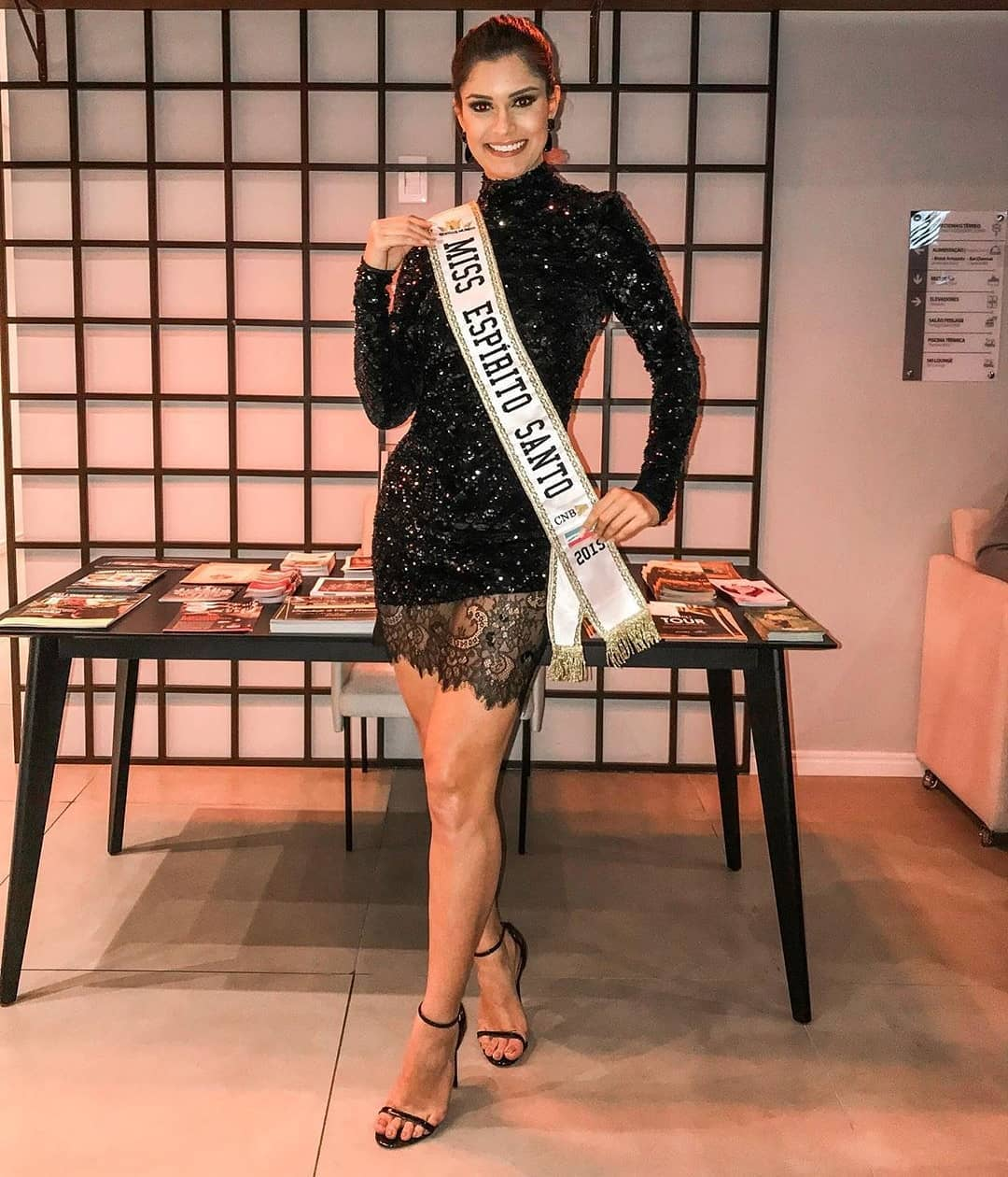 elis miele, top 5 de miss world 2019. - Página 4 69263011