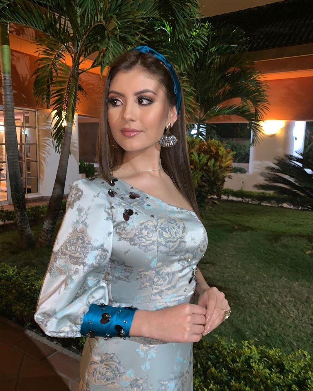 alexandra pinillos, 3ra finalista de reyna mundial banano 2019. - Página 2 69292610