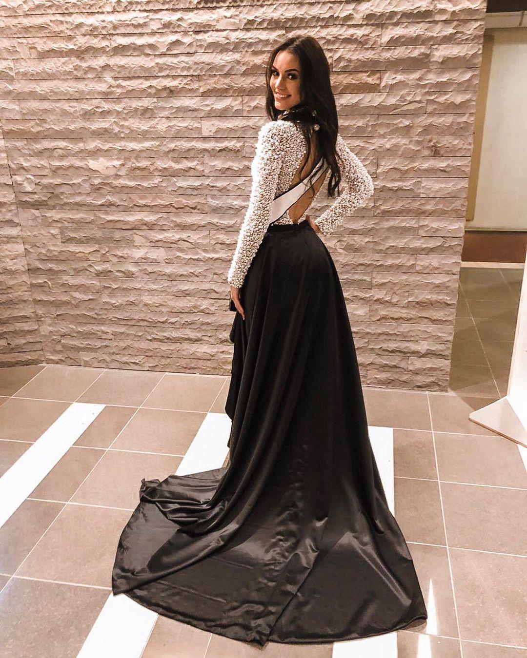rafaella felipe, top 20 de miss brasil mundo 2019. - Página 10 69415110