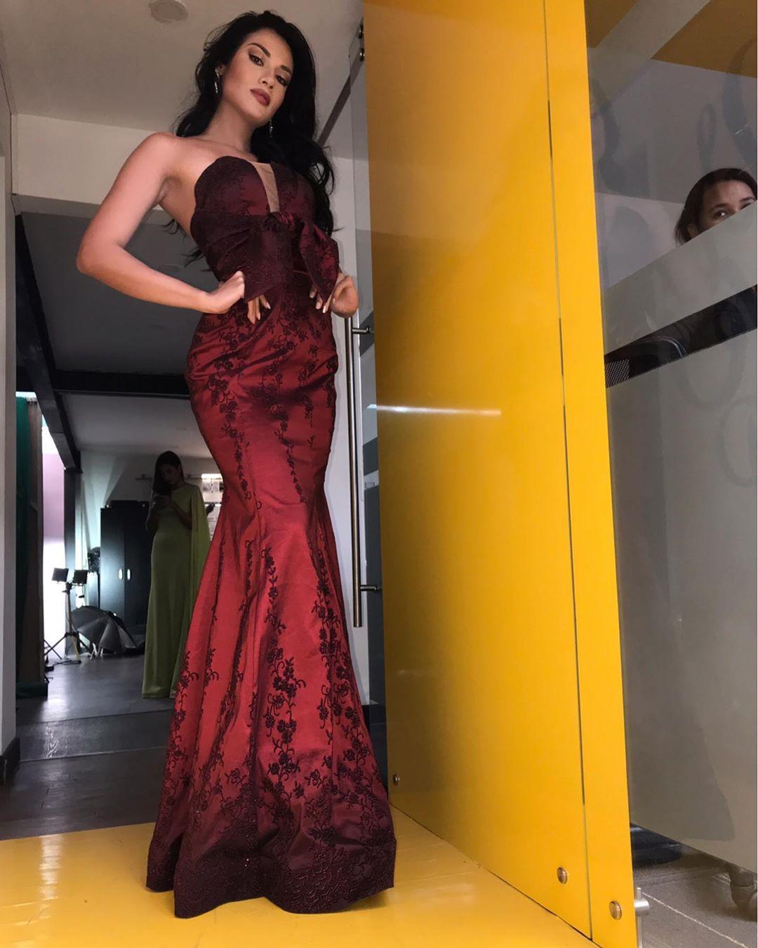 yenny katherine carrillo, top 20 de miss earth 2019/reyna mundial banano 2017. - Página 4 69435510