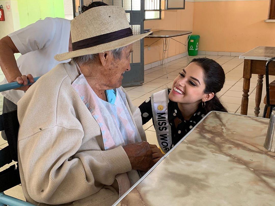 angella escudero, miss world peru 2019. - Página 3 69607810