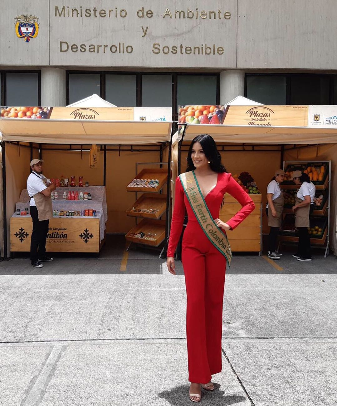 yenny katherine carrillo, top 20 de miss earth 2019/reyna mundial banano 2017. - Página 6 69894510