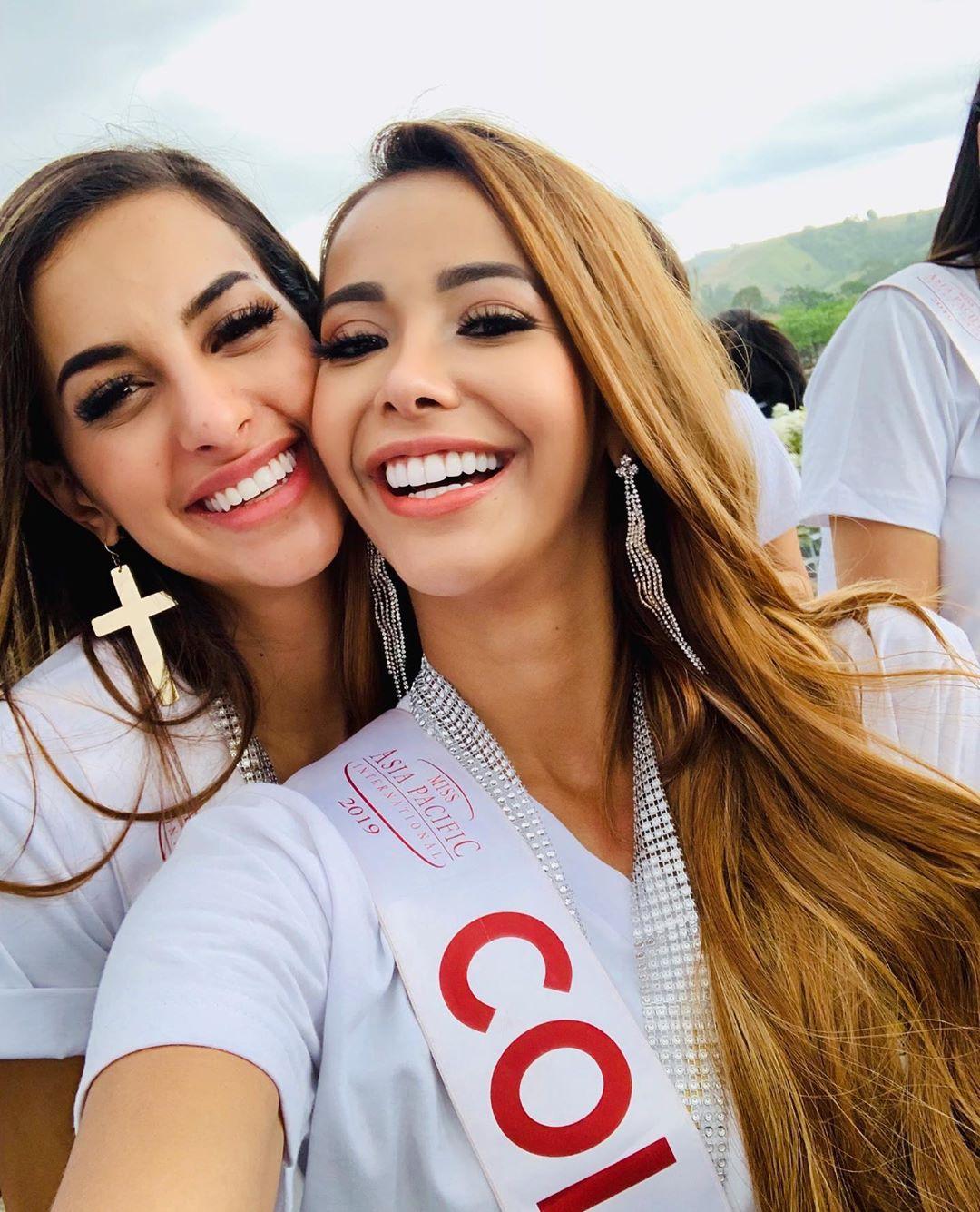alejandra rodriguez osorio, miss asia pacific colombia 2019. - Página 3 70011510