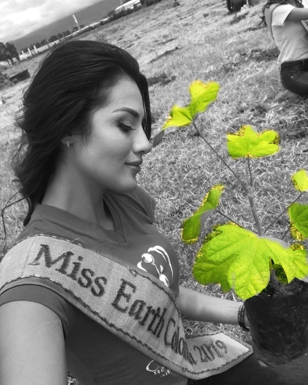 yenny katherine carrillo, top 20 de miss earth 2019/reyna mundial banano 2017. - Página 5 70036311