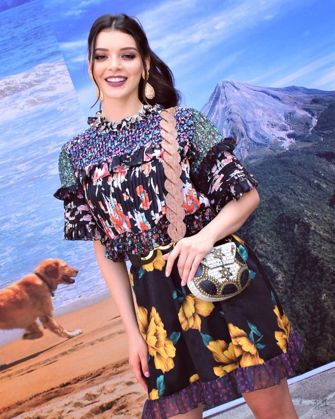 andrea toscano, 1st runner-up de miss international 2019. - Página 27 70386111