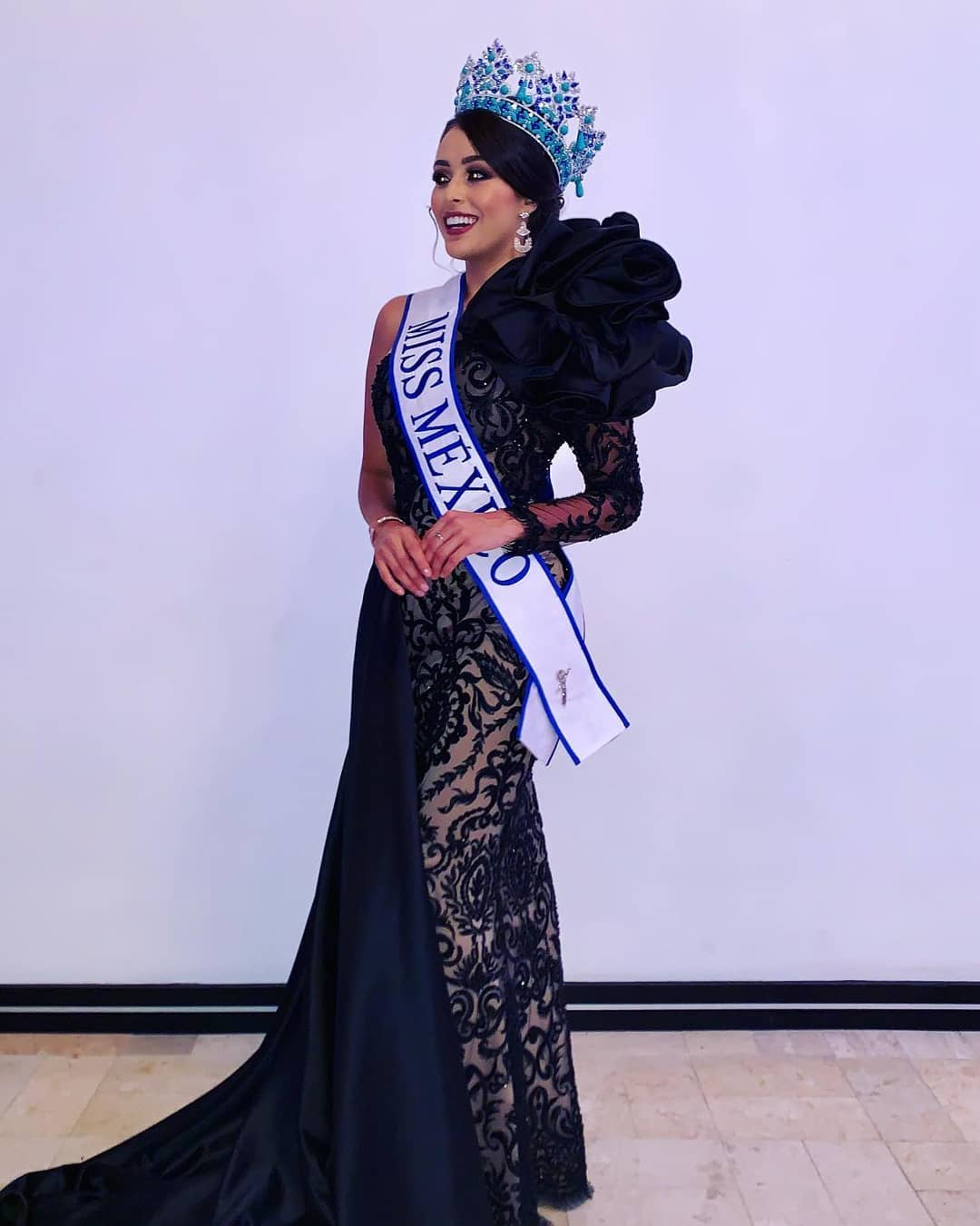 ashley alvidrez, top 12 de miss world 2019. - Página 2 70463711