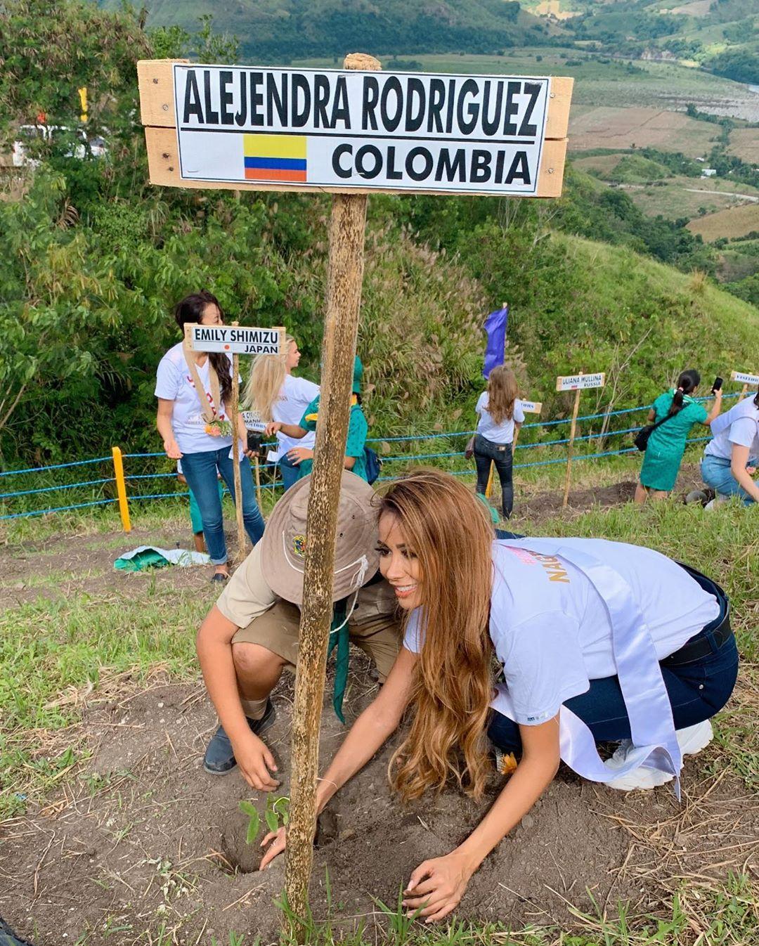 alejandra rodriguez osorio, miss asia pacific colombia 2019. - Página 3 70466510