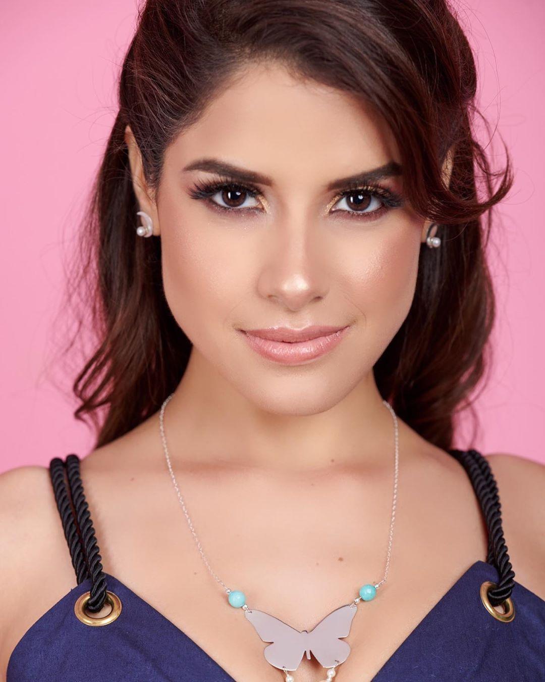angella escudero, miss world peru 2019. - Página 3 70520310