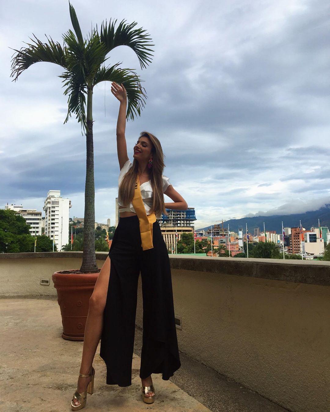 ainara de santamaria villamor, top 21 de miss grand international 2019/miss world cantabria 2018/miss earth spain 2017. - Página 14 70630010