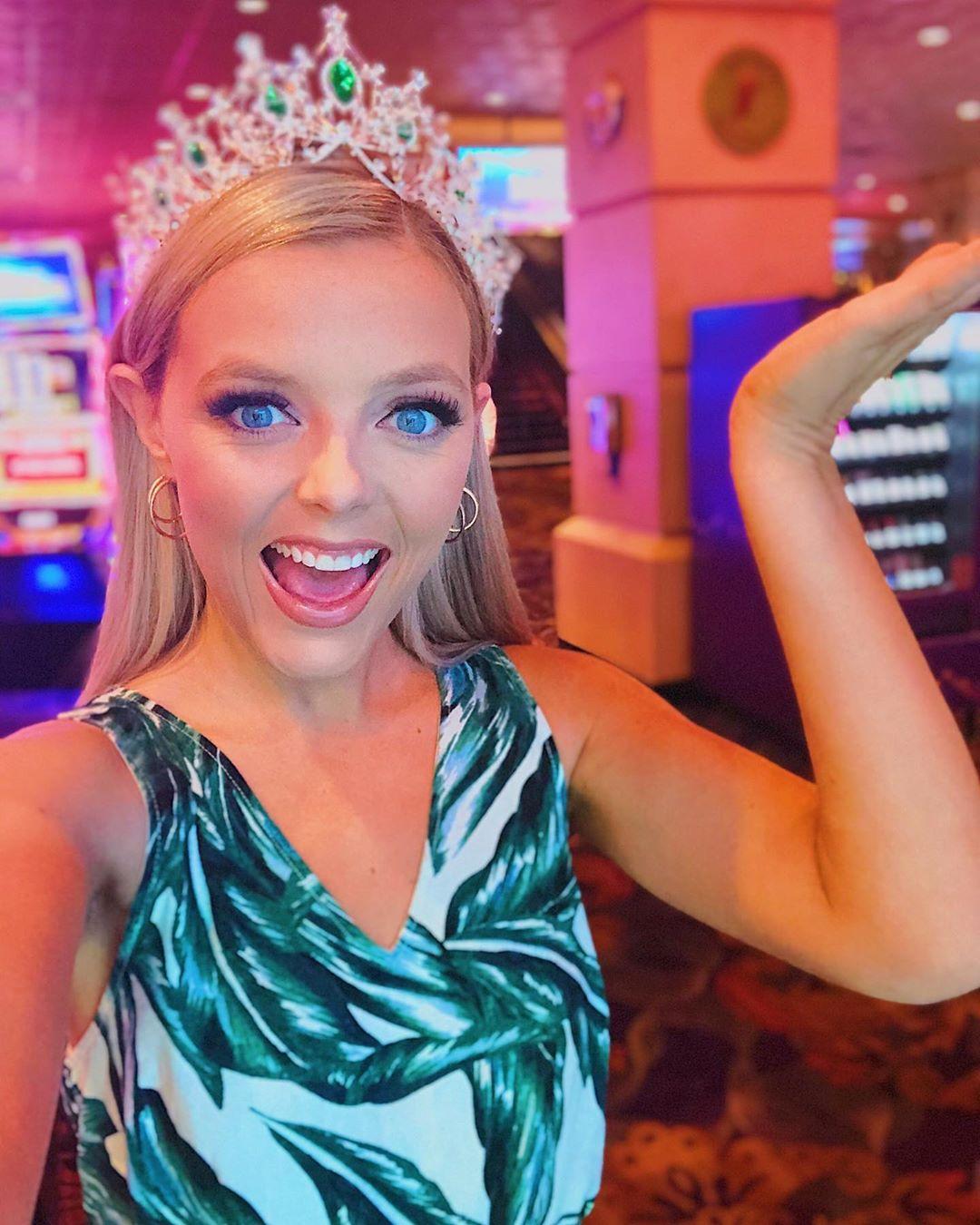 emmy rose cuvelier, top 40 de miss world 2019. 70703110