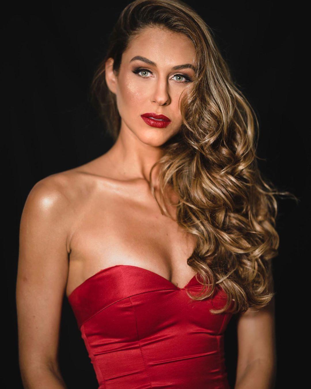 carolina stankevicius, miss brasil internacional 2019. - Página 2 70705510