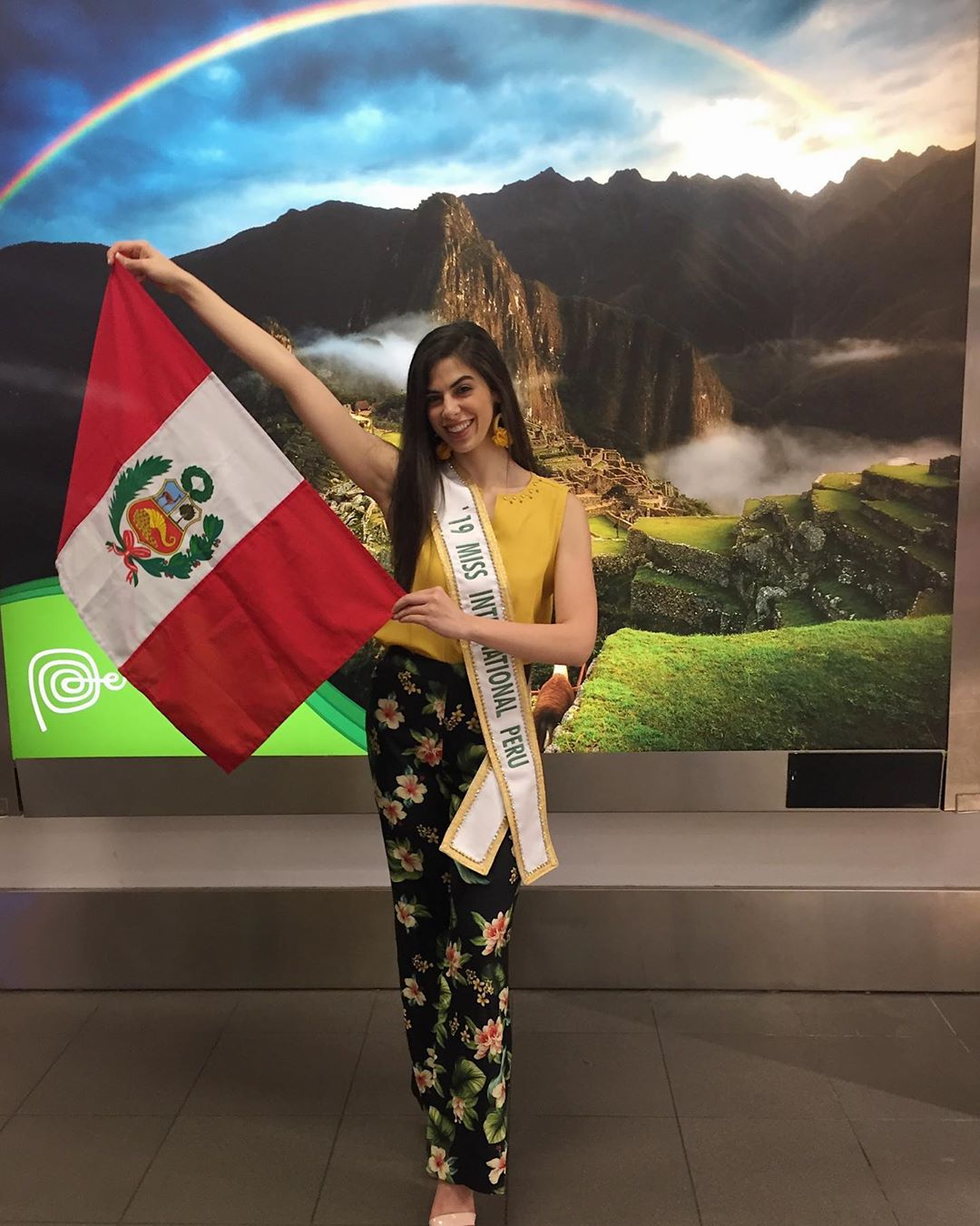 majo barbis, miss international peru 2019. - Página 3 70803810