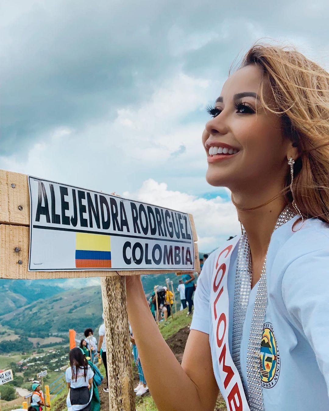 alejandra rodriguez osorio, miss asia pacific colombia 2019. - Página 3 70864510