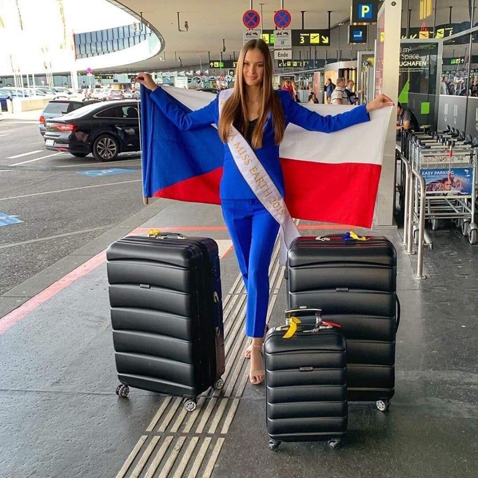 klara vavruskova, miss universe czech republic 2020. - Página 2 70914210