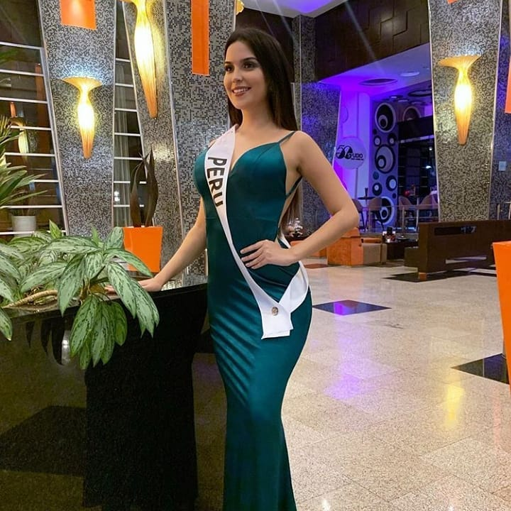 micaela leon mandriotti, miss peru latinoamerica 2019. - Página 2 70998010
