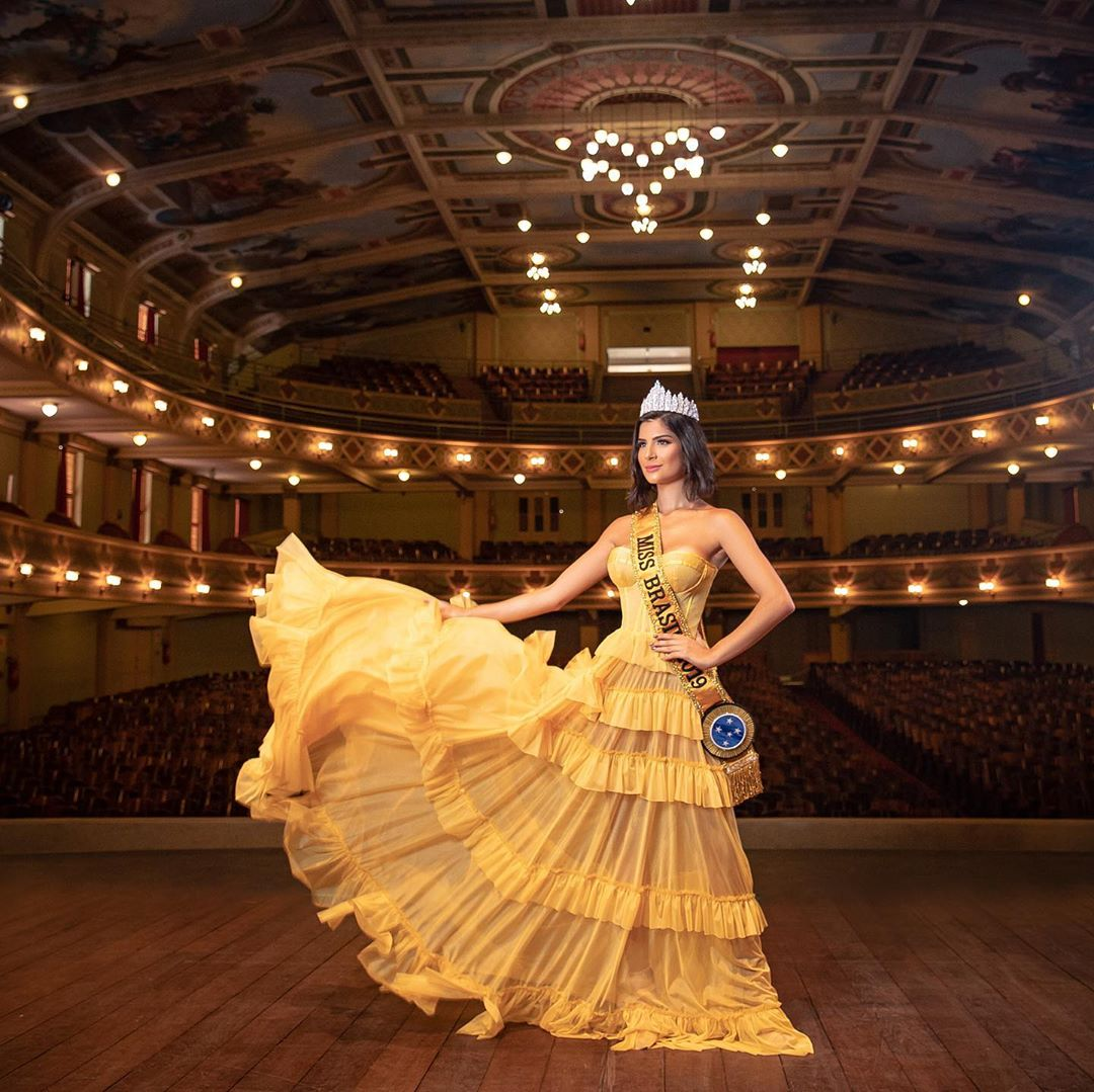 julia horta, miss brasil universo 2019/top 2 de reynado internacional cafe 2016, top 5 de miss tourism international 2017. - Página 71 71010210