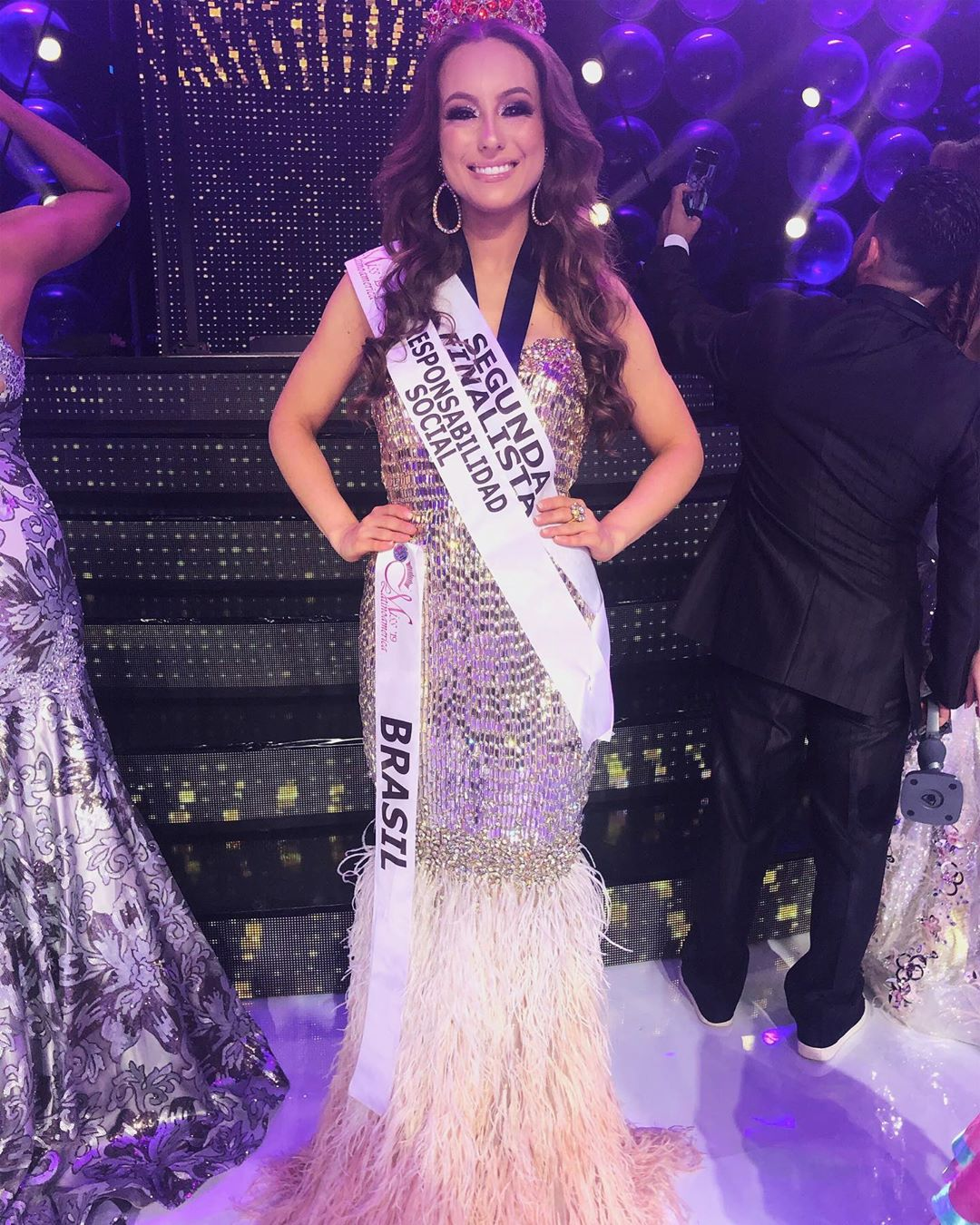 cristine boff sartor, segunda finalista de miss latinoamerica 2019. - Página 8 71056410